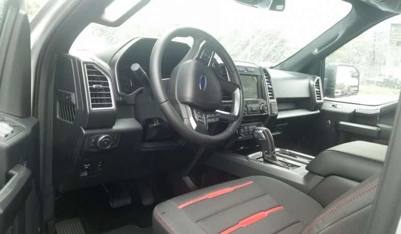 Ford F-150 XLT completo